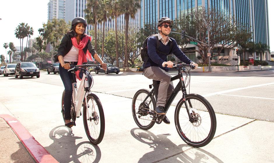 electric bike eFlow E3Nitro street riding