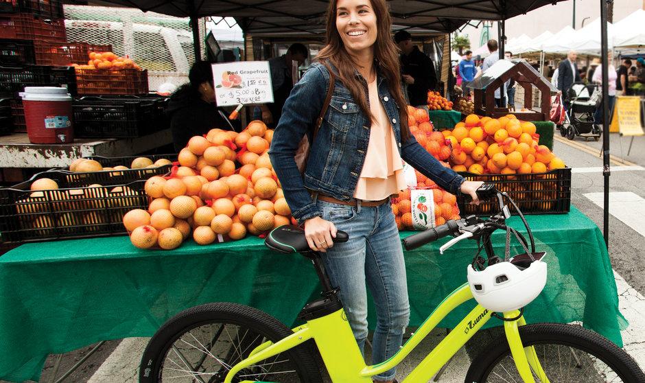 Electric Bike IZIP E3 Zuma Lime Horizontal Farmers Market