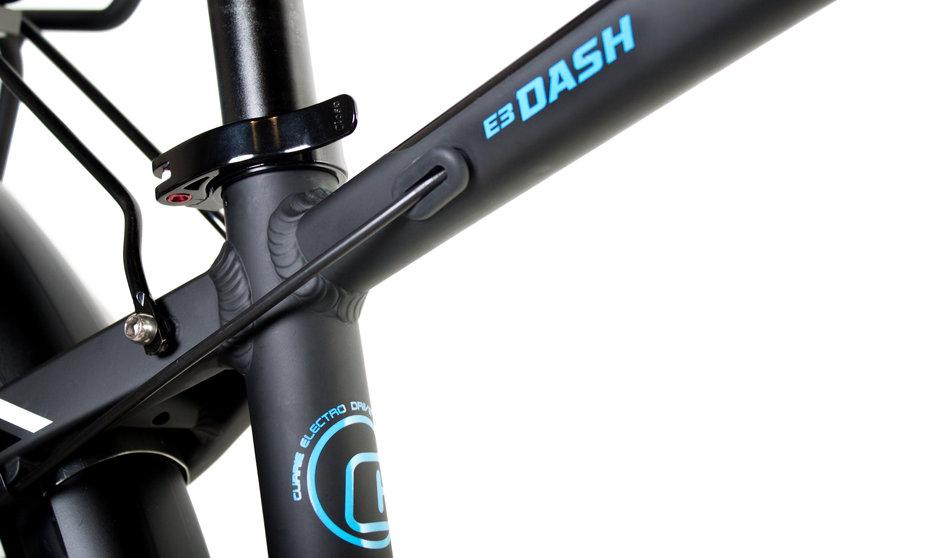 Electric Bike IZIP E3 Dash CloseUp 4