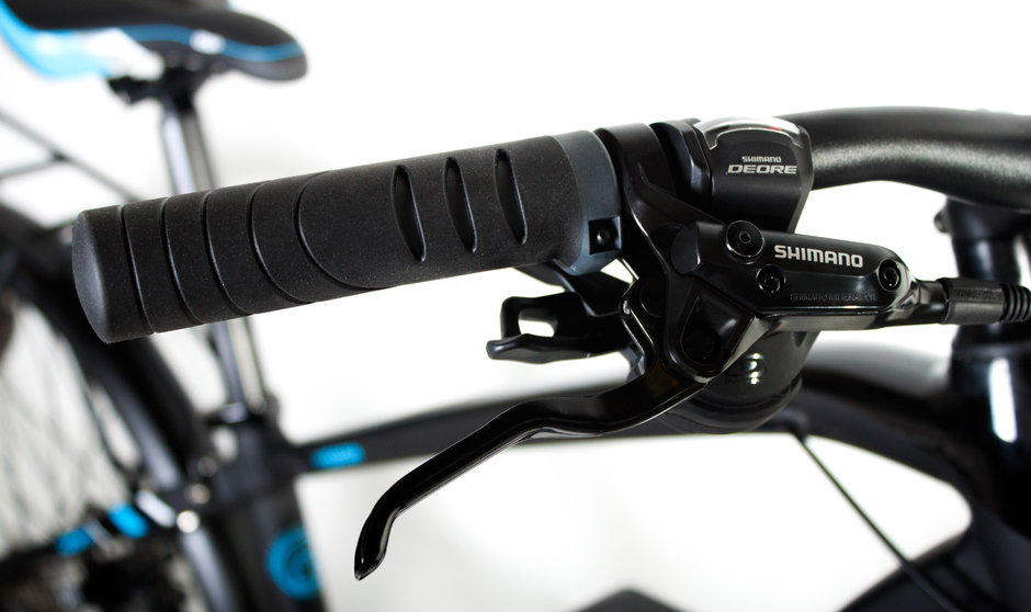Electric Bike IZIP E3 Dash CloseUp 9