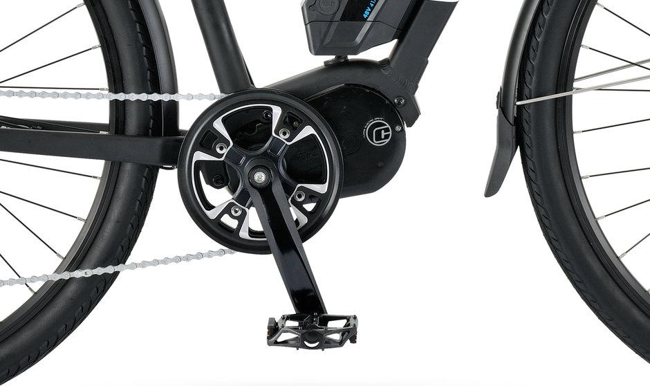 Electric Bike IZIP E3 Dash CloseUp 13