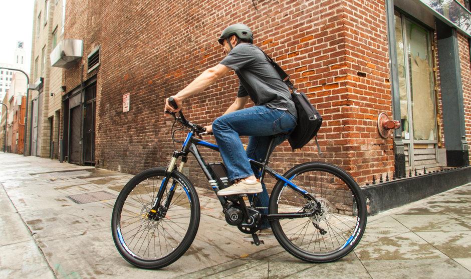 Electric Bike IZIP E3 Peak Horizontal Street