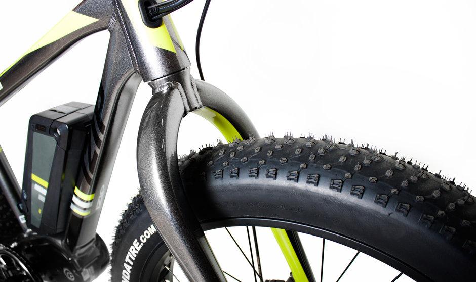 Electric Bike IZIP E3 Sumo CloseUp 3