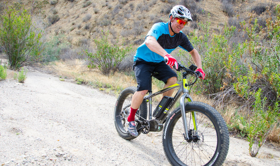 Electric Bike IZIP E3 Sumo Horizontal Trail Riding