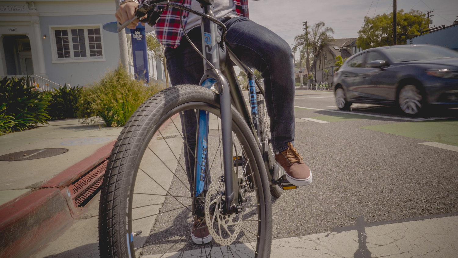 The 2017 Raleigh Electric Redux iE